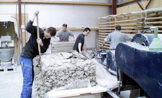 Zelf Tegels Maken : Friese witjes van de harlinger aardewerk en tegelfabriek